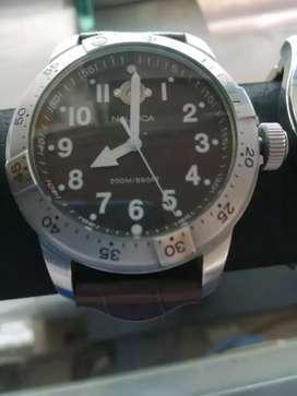 Reloj marca nautica