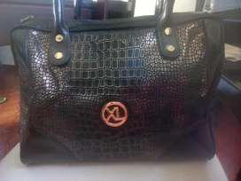 Cartera marca XL original.