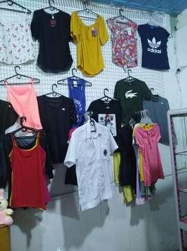 Se vende negocio de ropa y cacharro en Apia
