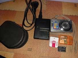 Vendo cámara digital SONY