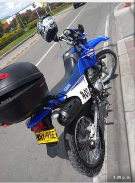 HERMOSA MOTOCICLETA YAMAHA XTZ 250 CC -