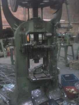 prensa fricción,estampado metales,insignias,medallas,pines .mecánica industrial