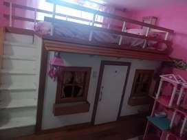 Casa de muñecas cama