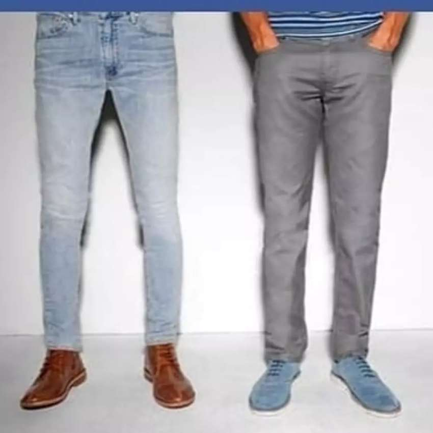 Jeans de marca de hombres y de mujeres 0