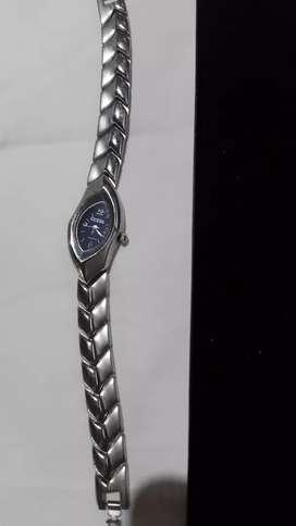 Reloj pulsera de mujer Guess