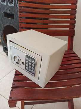 Caja fuerte digital y manual