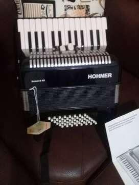 Vendo acordeon nuevo hohner bravo