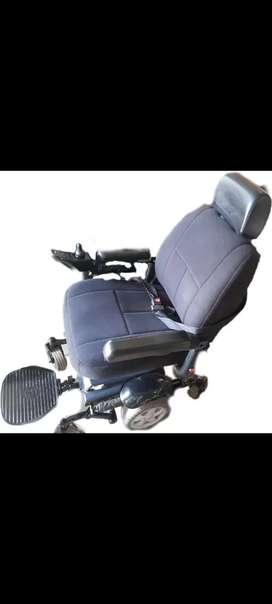 Se vende silla eléctrica merits