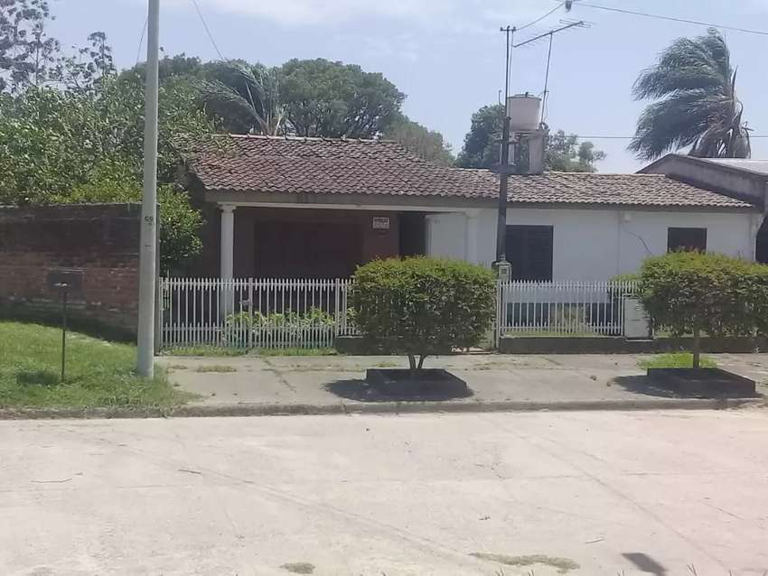 VENDO CASA. BARRIO ALMTE BROWN. AGUILARES 0