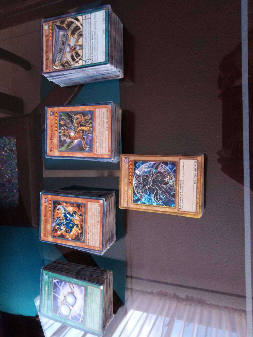 Lote de 459 cartas de yugioh 0