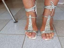 Sandalias de fiesta.