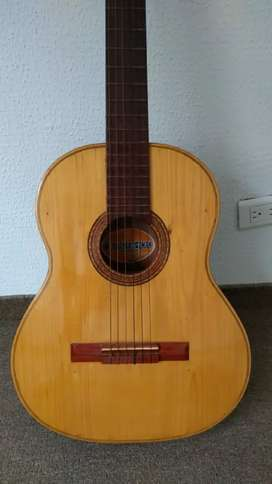 Guitarra negociable