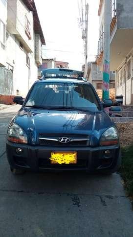 Vendo camioneta 4X4 hyundai tucson en san gil