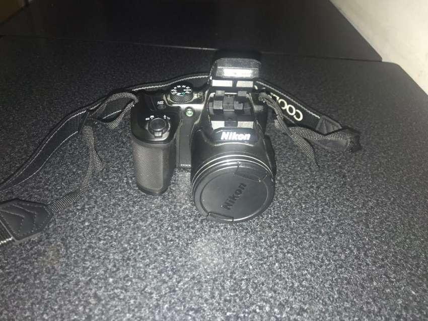 Camara semi profesional Nikon B500 0