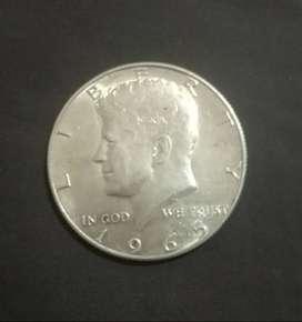 moneda de medio dollar de JFK de 1965