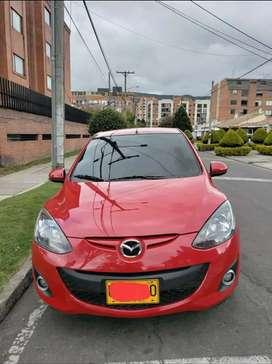 Mazda 2 2015 cómo nuevo