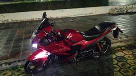 Moto hero 225cc a inyección  información  solo WhatsApp