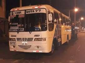 Vendo Bus línea 61 Via a la Costa Guayaquil se vende con Todo Puesto.