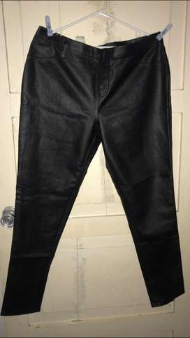 Pantalon Cuero Nuevo