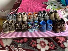 Lote de diez zapatos para bebes talla 12 meses a 18 meses