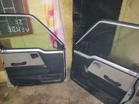 2  puerta de carro  para vitara en  buen estado