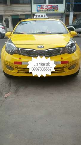 Se vende taxi Kia Río R 2013 full equipo, con línea de la cooperativa Pacífico.