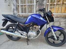 Honda new titan todo al dia