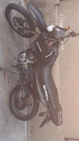 Honda bross