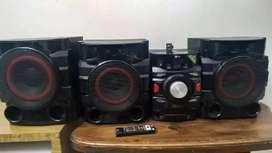 Equipo de sonido LG cm4750