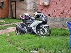 Yamaha R15 v02