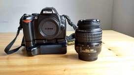 Nikon D40 + baterias + grip + lente 18-55/ 34Mil disparos