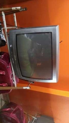 Tv 21 Phillips Más Mueble