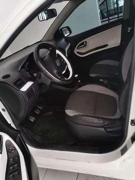 Se vende Kia Picanto modelo 2013