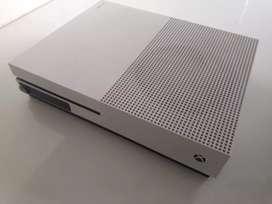 XBOX ONE S 350gb