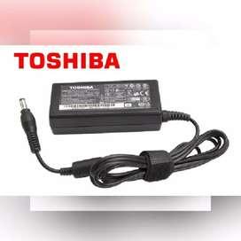 CARGADOR PARA LAPTOP TOSHIBA 19V 3.42A 65W