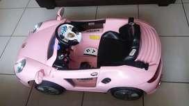 Carro a control remoto con batería  - niña