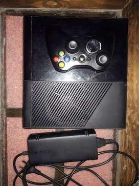 Vendo Xbox 360 ultra slim (negociable)