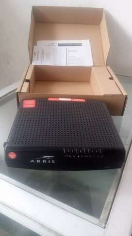 ROUTER ARRIS TG862 NUEVO