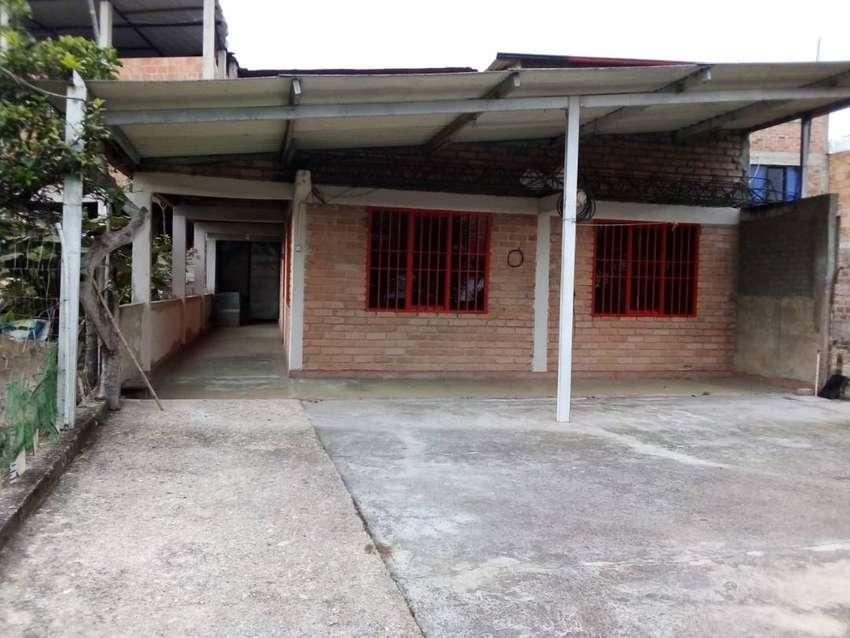 Casa cerca al centro de timbio, con ingreso de tres apartamentos, con sus documentos al día. 0