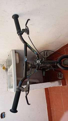 BICICLETA BMX GW