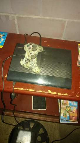 Vendo play 3 250 Ggs slim
