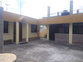 Se Vende Una casa En el barrio la Avelina con acceso a todos los servicios basicos.