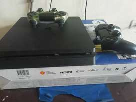 VENDO Ps4 1TB,+ 2 controles