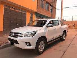 Vendo Toyota Hilux 2018 - SEMINUEVO