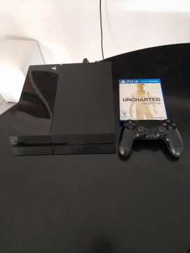 PS4 pro usada + juego + mando