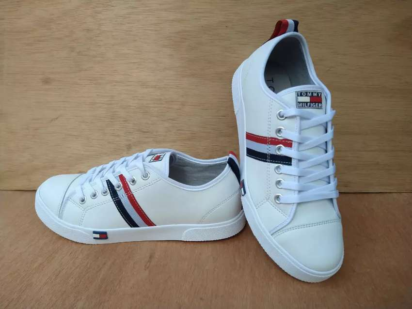 TENIS TOMMY 0