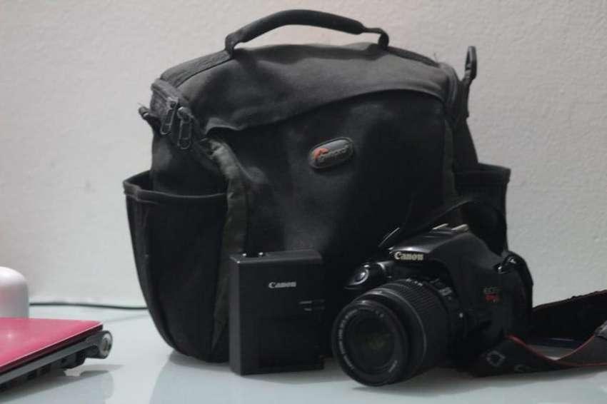 Vendo Cámara Canon Eos T3 0