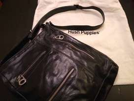 Vendo Cartera Cuero Hush Puppies $1200