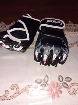 Vendo bolsa de box y guantes