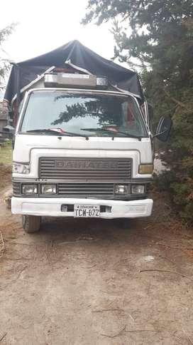 Vendo camión DAIHATSU